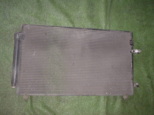 Радиатор кондиционера TOYOTA ARISTO JZS160. Фото 2