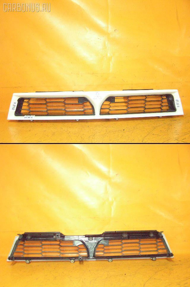 Решетка радиатора MITSUBISHI LEGNUM EA1W. Фото 1