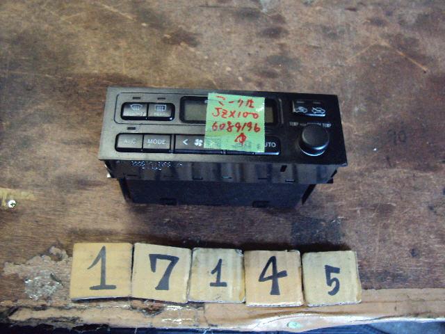 Блок управления климатконтроля TOYOTA MARK II JZX100 1JZ-GE. Фото 3