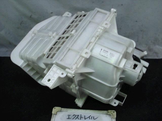 Мотор печки NISSAN X-TRAIL NT30. Фото 8
