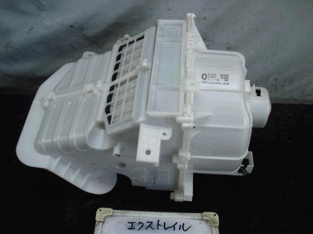 Мотор печки NISSAN X-TRAIL NT30. Фото 11