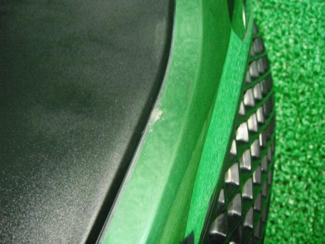 Решетка радиатора TOYOTA RACTIS SCP100. Фото 9