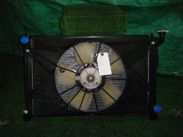 Радиатор ДВС TOYOTA WISH ANE10G 1AZ-FSE. Фото 4