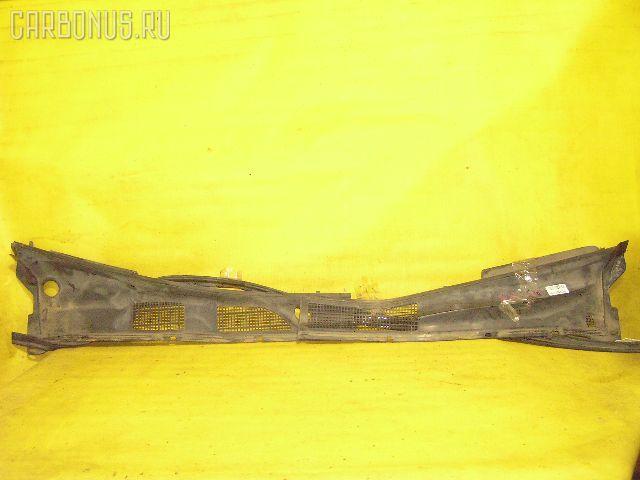 Решетка под лобовое стекло Toyota Camry SV41 Фото 1