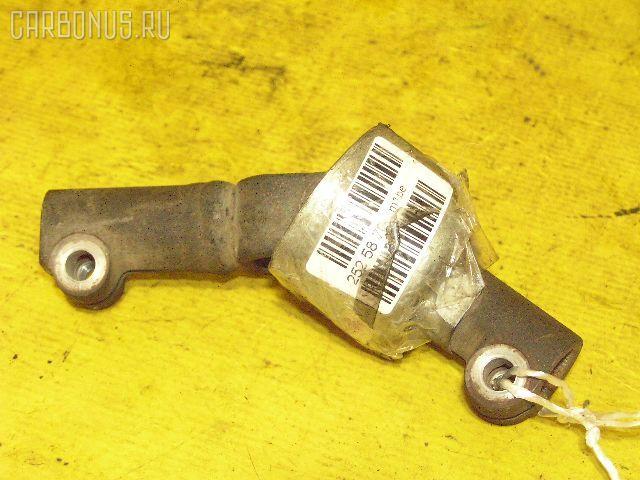 Рулевой карданчик TOYOTA ARISTO JZS160. Фото 1