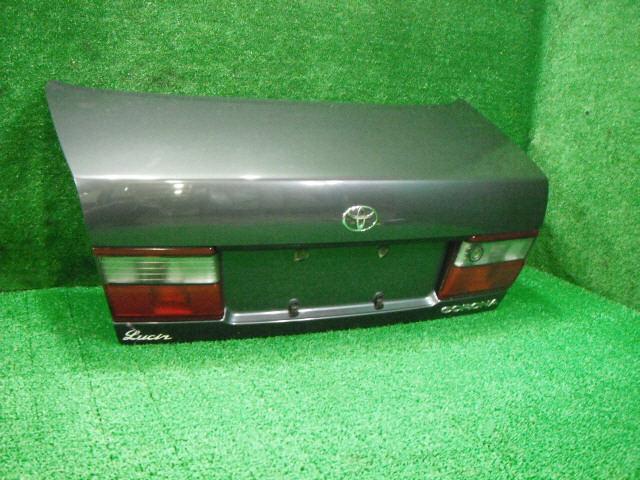 Крышка багажника TOYOTA CORONA AT190. Фото 8