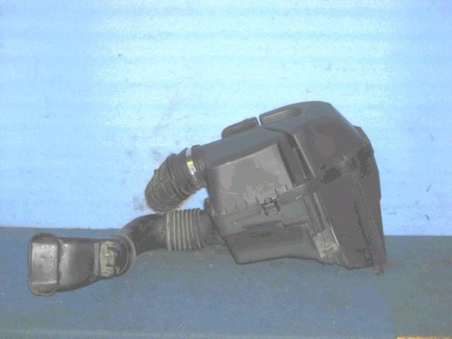 Корпус воздушного фильтра HONDA STEP WGN RF4 K20A. Фото 3