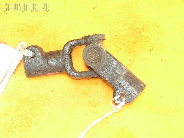 Рулевой карданчик TOYOTA CHASER JZX100. Фото 1