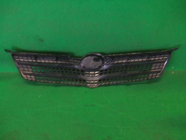 Решетка радиатора TOYOTA COROLLA SPACIO ZZE122N. Фото 8