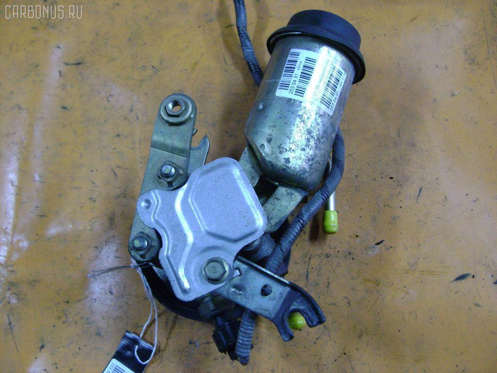 Гидроусилителя насос TOYOTA BB NCP31 1NZ-FE. Фото 5