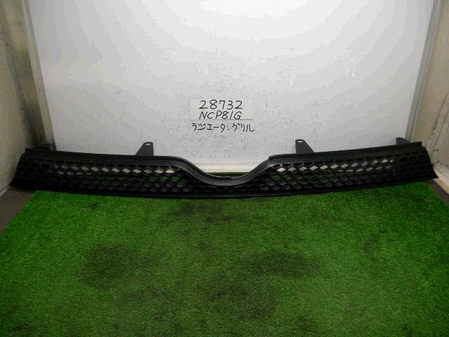 Решетка радиатора TOYOTA SIENTA NCP81. Фото 4