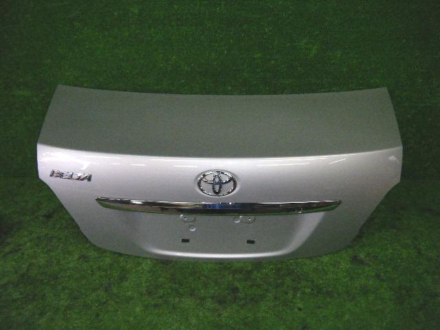 Крышка багажника TOYOTA BELTA SCP92. Фото 3