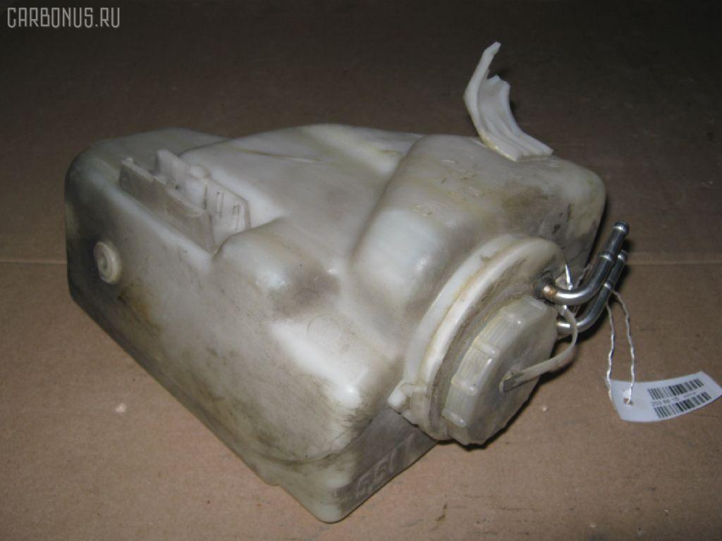 Бачок омывателя MERCEDES-BENZ E-CLASS W210.065. Фото 1