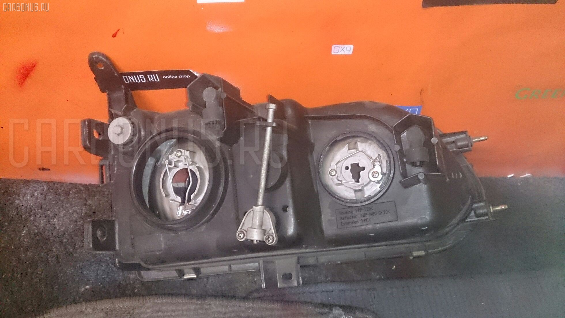 Фара Mitsubishi Delica space gear PA4W Фото 1