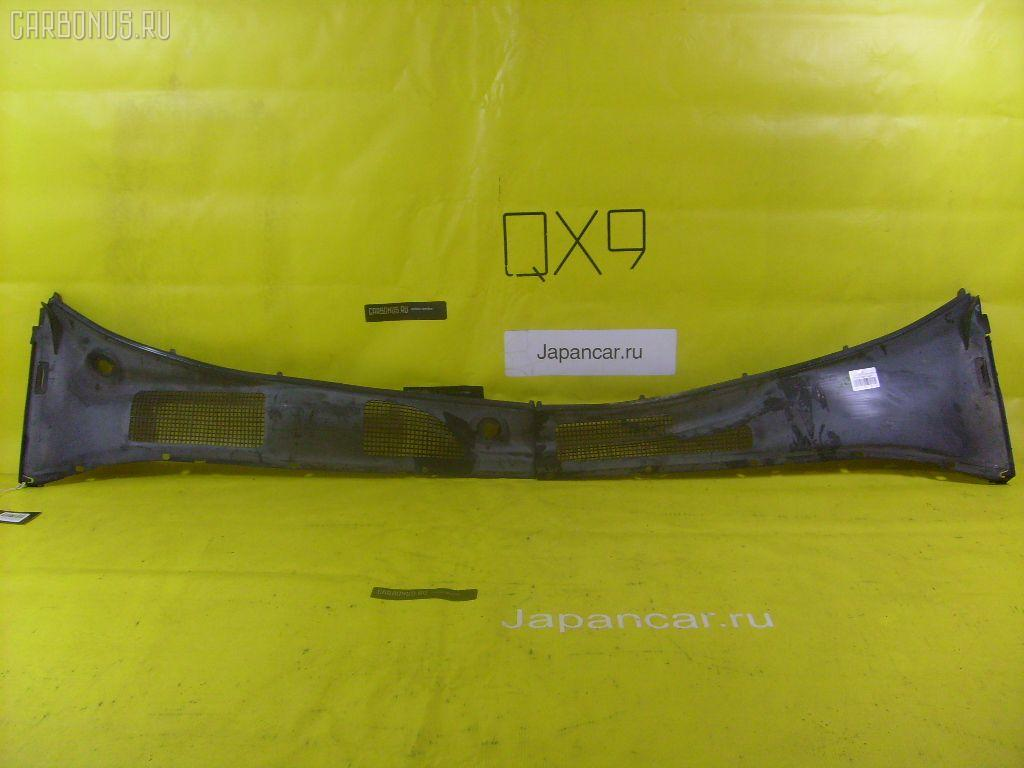 Решетка под лобовое стекло TOYOTA CROWN JZS141 Фото 1
