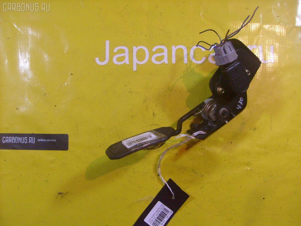 Педаль подачи топлива TOYOTA WISH ANE10G 1AZ-FSE. Фото 2