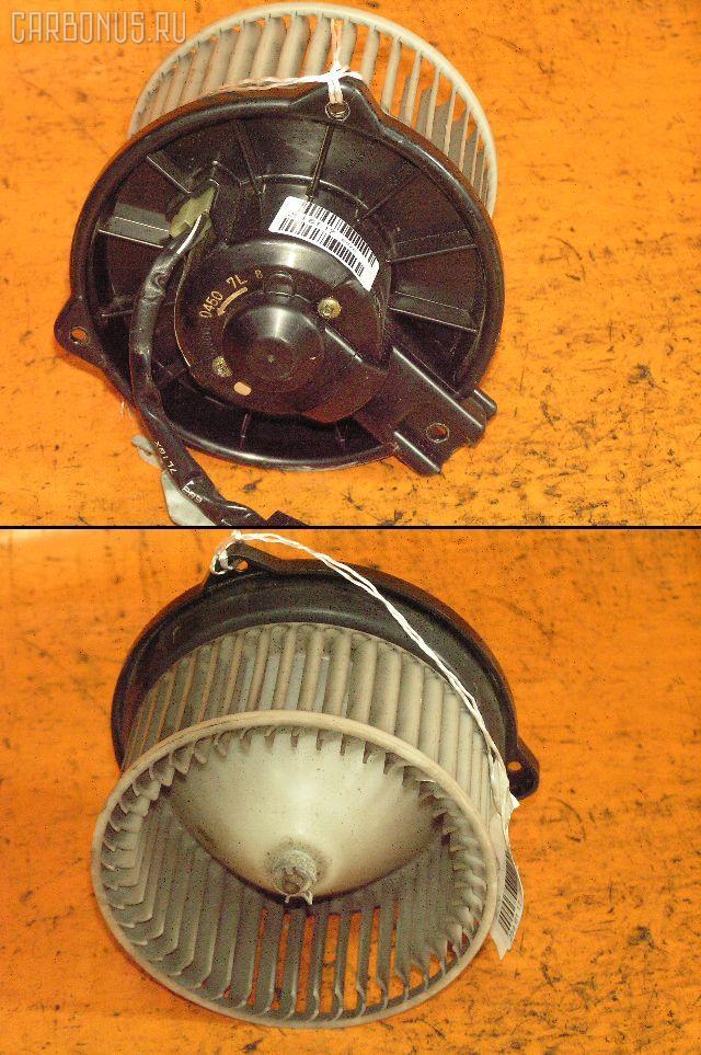 Мотор печки TOYOTA AE110. Фото 5