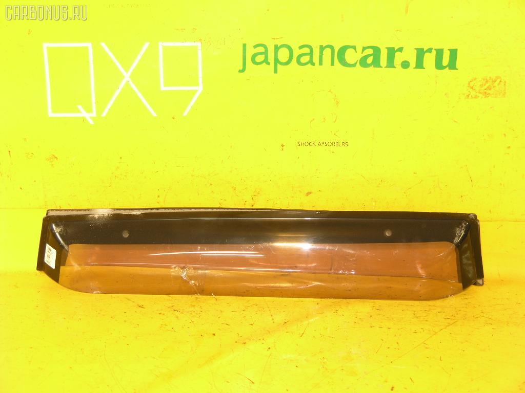 Ветровик TOYOTA IPSUM SXM10G. Фото 10