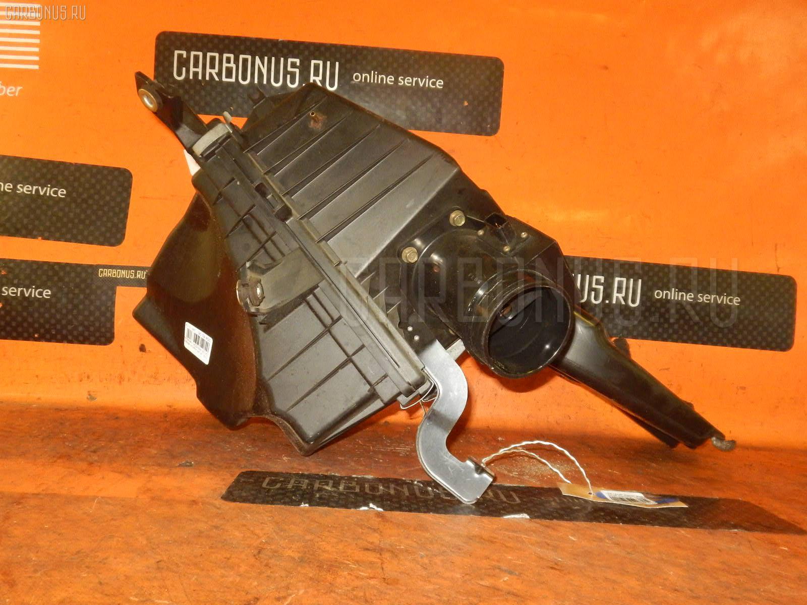 Корпус воздушного фильтра NISSAN LAUREL GC35 RB25DE. Фото 2
