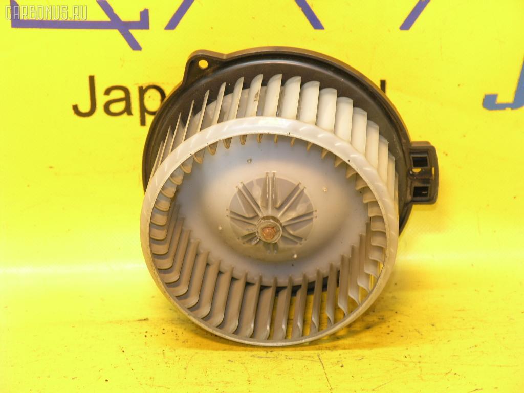Мотор печки TOYOTA COROLLA FIELDER NZE121G. Фото 11
