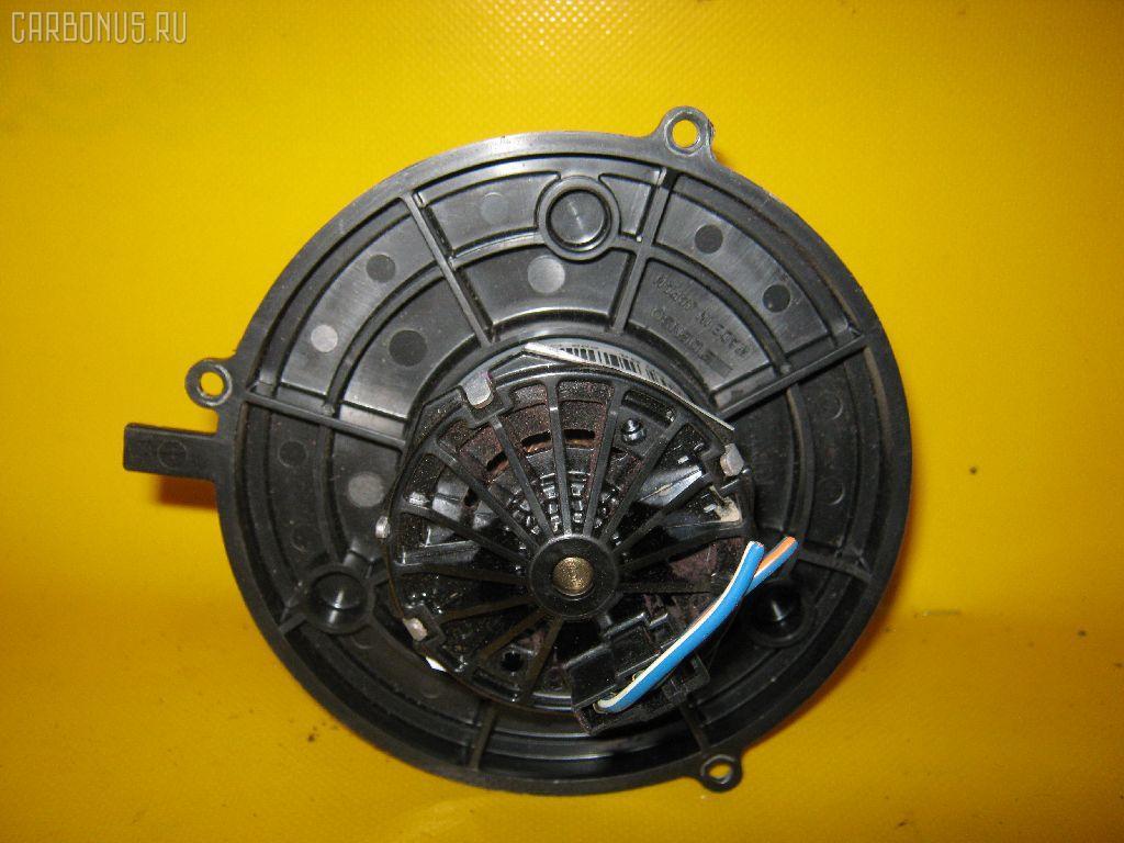 Мотор печки TOYOTA CAMI J100E. Фото 2