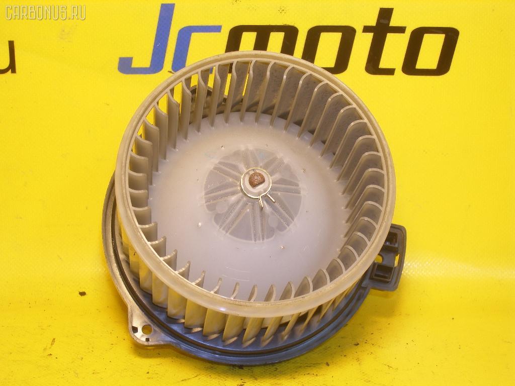 Мотор печки TOYOTA VITZ SCP10. Фото 3