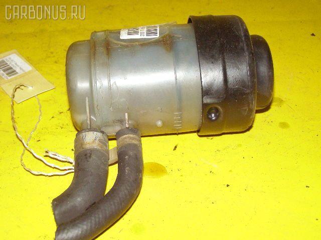 Бачок гидроусилителя ISUZU ELF NKS71E 4HG1 Фото 3