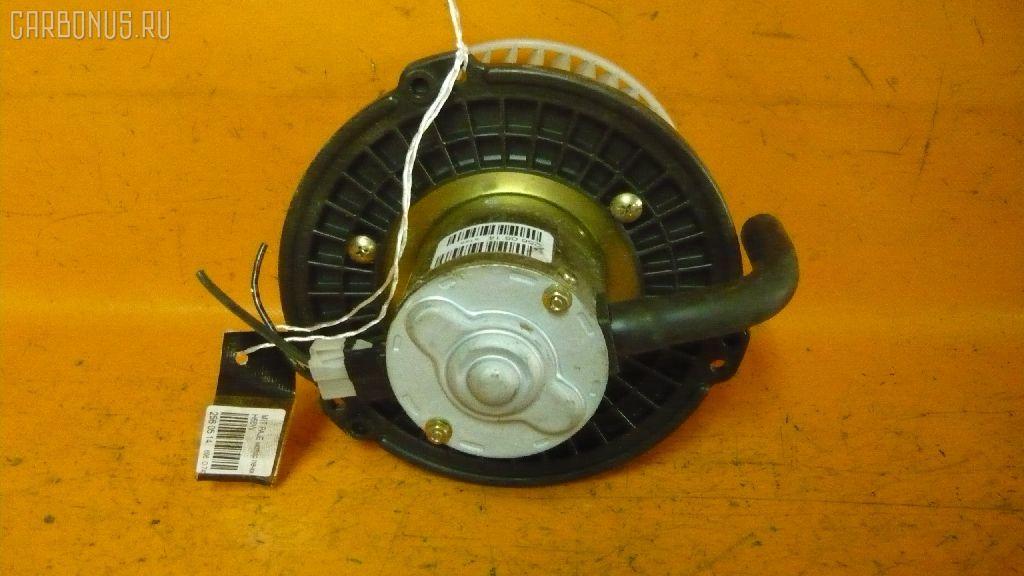 Мотор печки MITSUBISHI PAJERO IO H66W. Фото 4