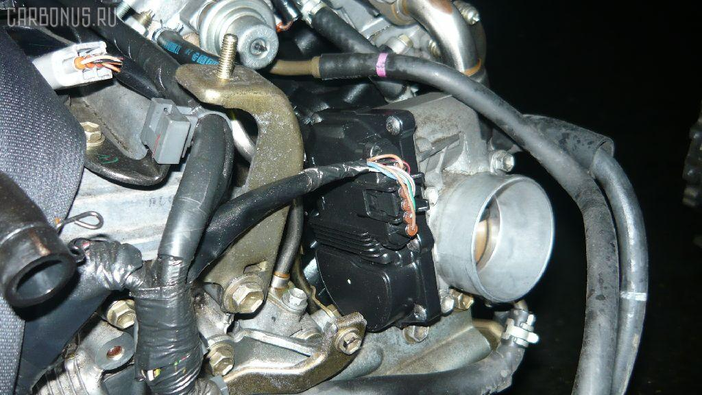Двигатель TOYOTA OPA ACT10 1AZ-FSE. Фото 8