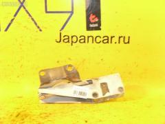 Крепление капота Nissan Bassara JU30 Фото 1