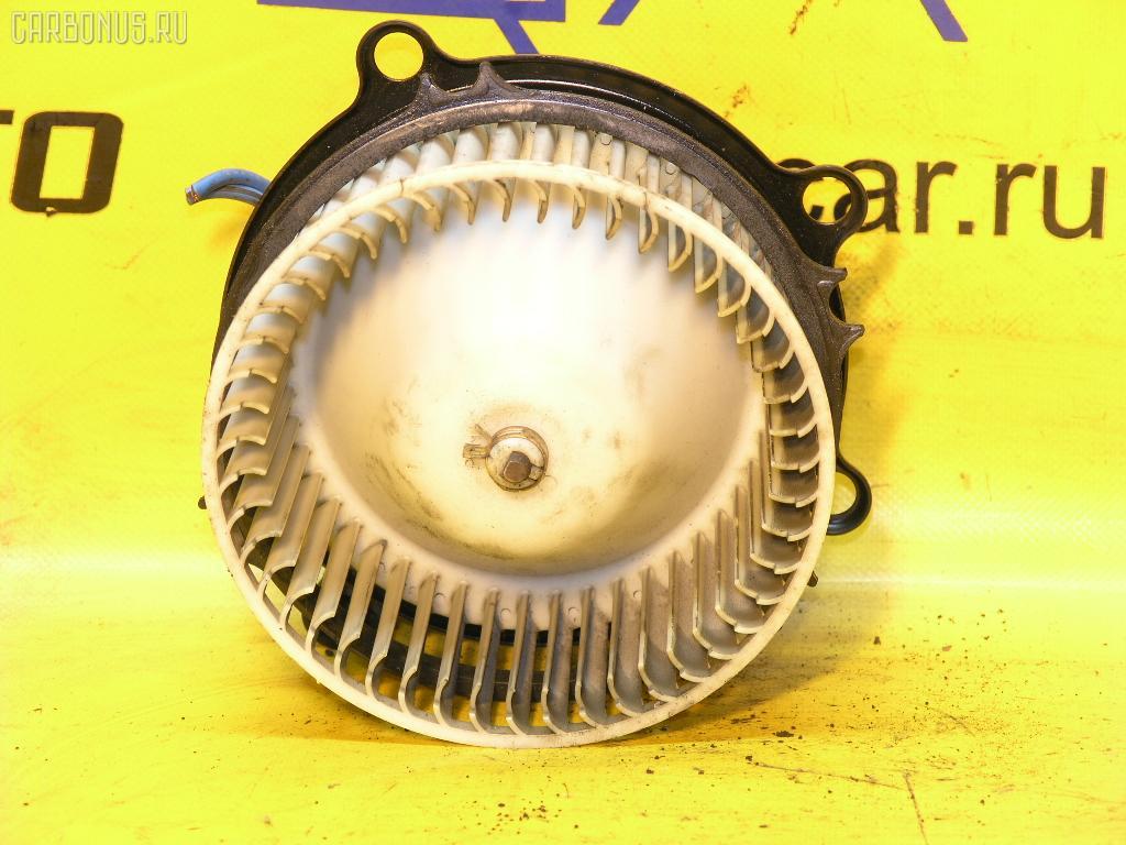 Мотор печки TOYOTA ESTIMA EMINA CXR10G. Фото 3