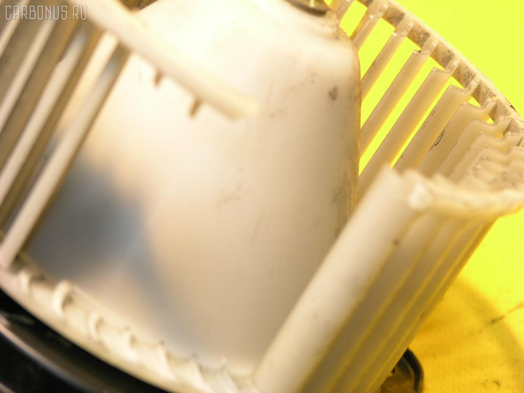 Мотор печки TOYOTA COROLLA II EL53. Фото 9