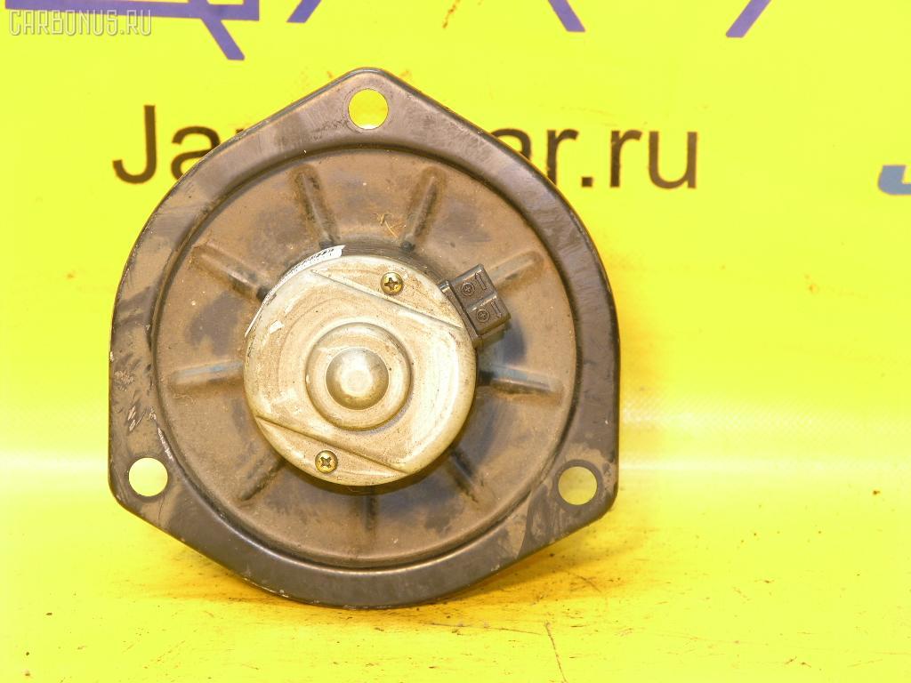 Мотор печки TOYOTA COROLLA II EL53. Фото 11