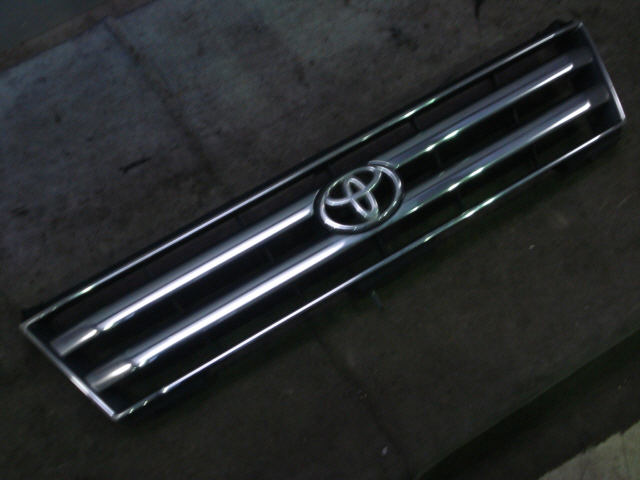 Решетка радиатора TOYOTA LAND CRUISER PRADO RZJ95W. Фото 6