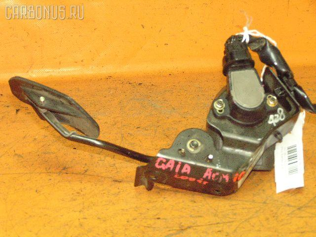 Педаль подачи топлива TOYOTA GAIA ACM10G 1AZ-FSE