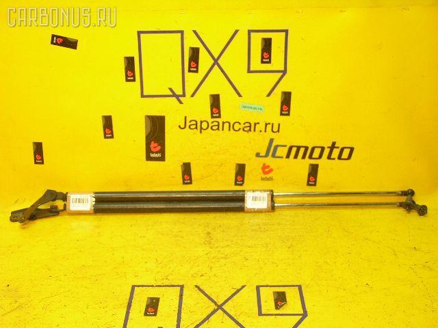 Амортизатор двери TOYOTA LITE ACE CR52V. Фото 1