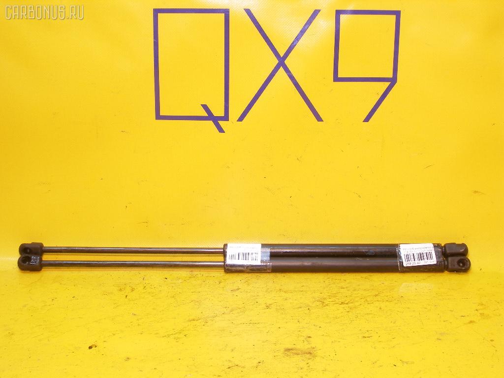 Амортизатор двери PEUGEOT 206 2AKFX Фото 1