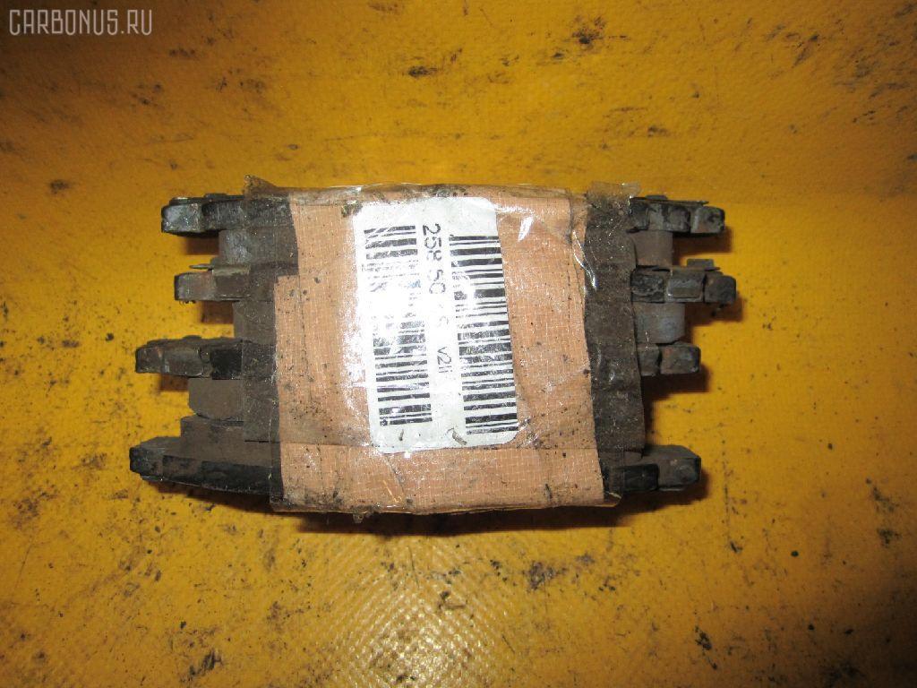 Тормозные колодки TOYOTA PROBOX NCP51V 1NZ-FE. Фото 2