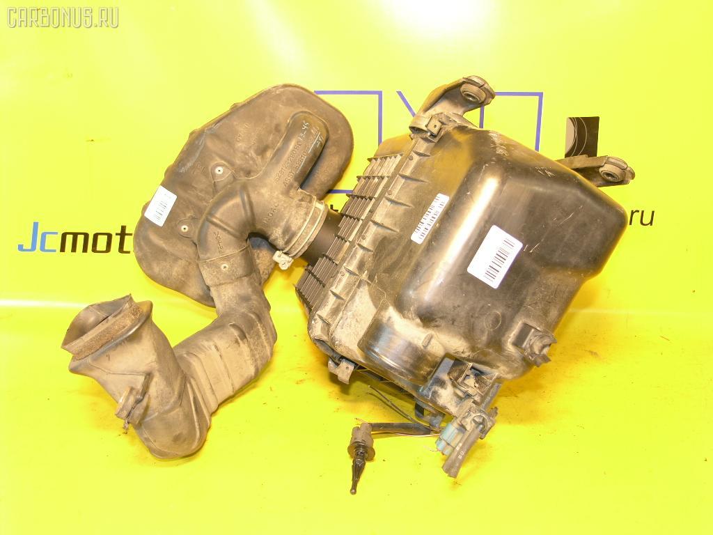 Корпус воздушного фильтра TOYOTA LITE ACE NOAH SR50G 3S-FE. Фото 1
