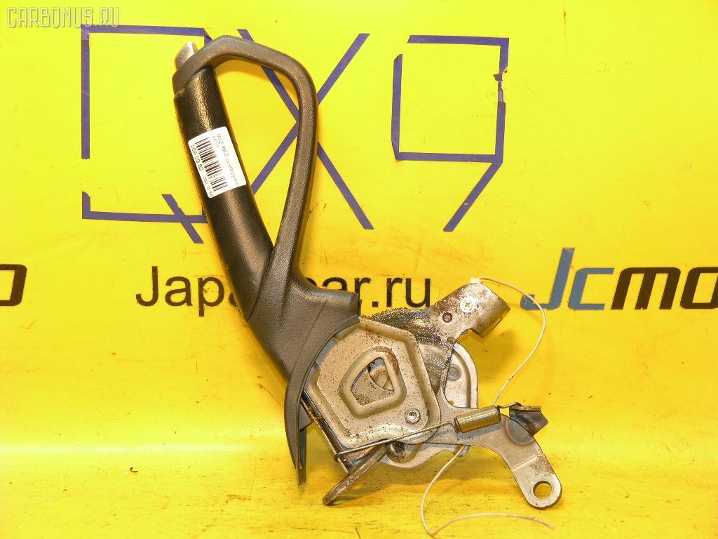 Рычаг стояночного тормоза MAZDA RX-8 SE3P. Фото 1