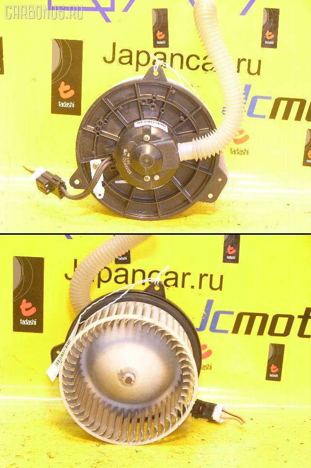 Мотор печки MAZDA PREMACY CP8W. Фото 2