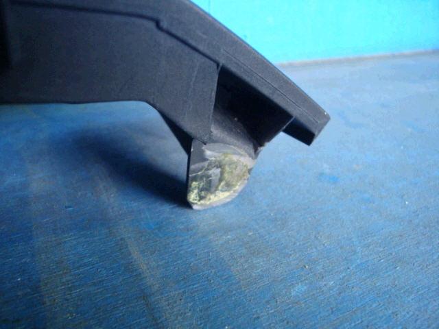 Решетка радиатора TOYOTA VOXY AZR65G. Фото 6