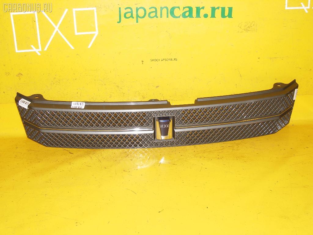 Решетка радиатора TOYOTA VOXY AZR65G. Фото 3