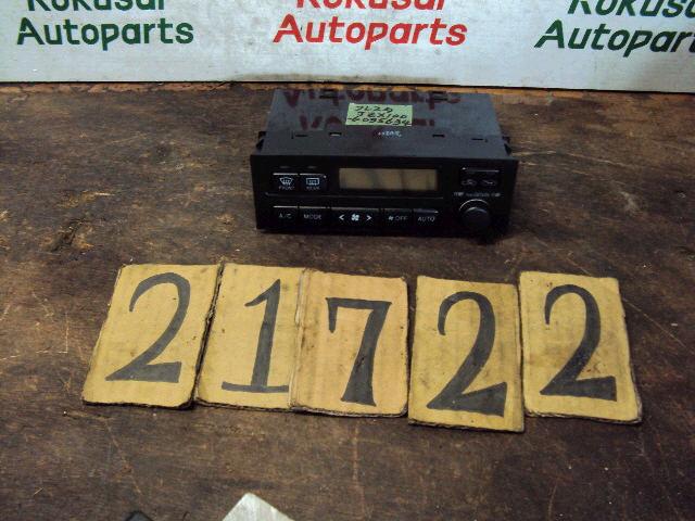 Блок управления климатконтроля TOYOTA CRESTA JZX100 1JZ-GE. Фото 3