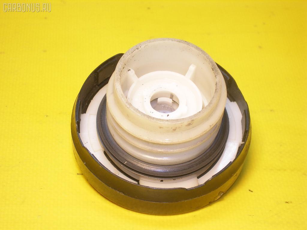 Крышка топливного бака TOYOTA COROLLA AE104. Фото 7