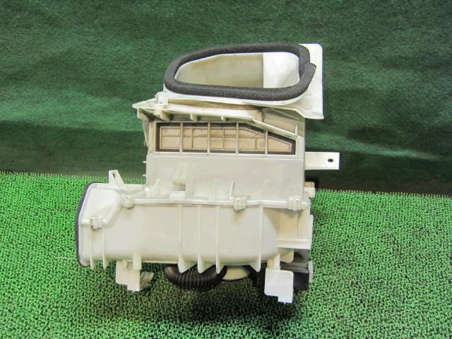 Мотор печки NISSAN PRIMERA WAGON WTP12. Фото 4