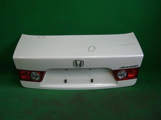 Крышка багажника HONDA ACCORD CL7. Фото 7