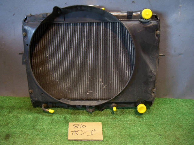 Радиатор ДВС MAZDA BONGO SK82V F8. Фото 5