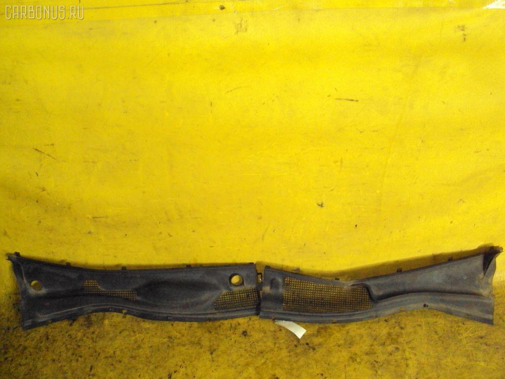 Решетка под лобовое стекло TOYOTA CROWN JZS151 Фото 1