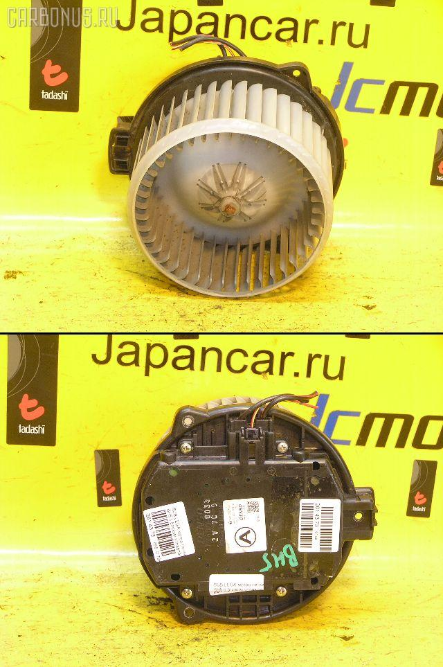 Мотор печки SUBARU LEGACY WAGON BH5. Фото 10